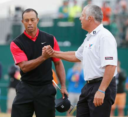 Williams takes another shot at Tiger