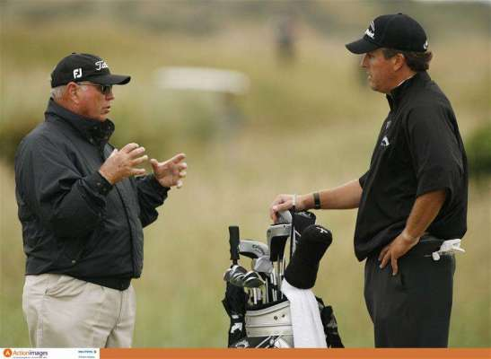 Mickelson ends Harmon partnership