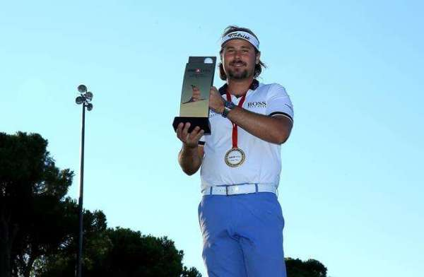 Delight for Dubuisson in Turkey
