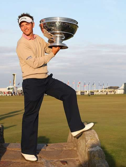 Trophy life: Dougherty celebrates winning the Dunhill Links Championship in 2007 (photo by Getty Images)