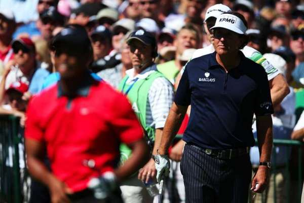Mickelson sets Open pace